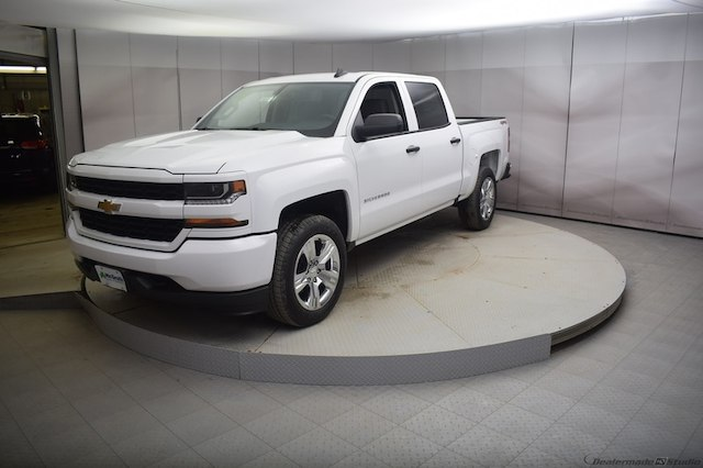 2018 Silverado 1500 Crew Cab 4x4,  Pickup #C180976 - photo 5