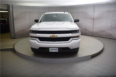 2018 Silverado 1500 Crew Cab 4x4,  Pickup #C180976 - photo 4