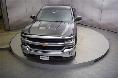 2018 Silverado 1500 Double Cab 4x4, Pickup #C181008 - photo 29