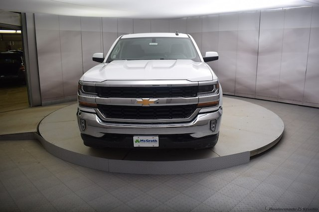 2018 Silverado 1500 Double Cab 4x4, Pickup #C181031 - photo 3