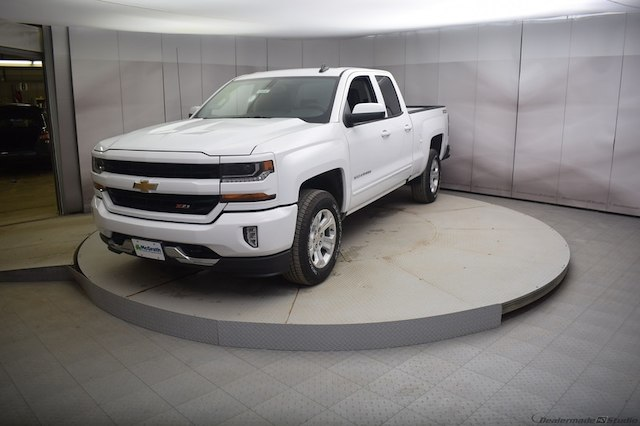 2018 Silverado 1500 Double Cab 4x4, Pickup #C181047 - photo 5