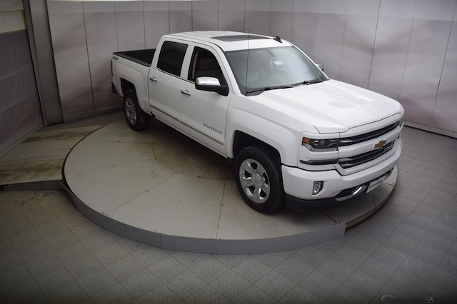 2018 Silverado 1500 Crew Cab 4x4,  Pickup #C181196 - photo 3