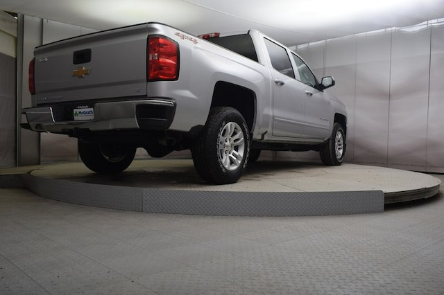2018 Silverado 1500 Crew Cab 4x4,  Pickup #C181303 - photo 3