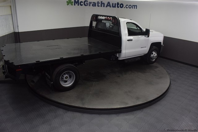 2018 Silverado 3500 Regular Cab DRW 4x4,  Knapheide Platform Body #C181740 - photo 22