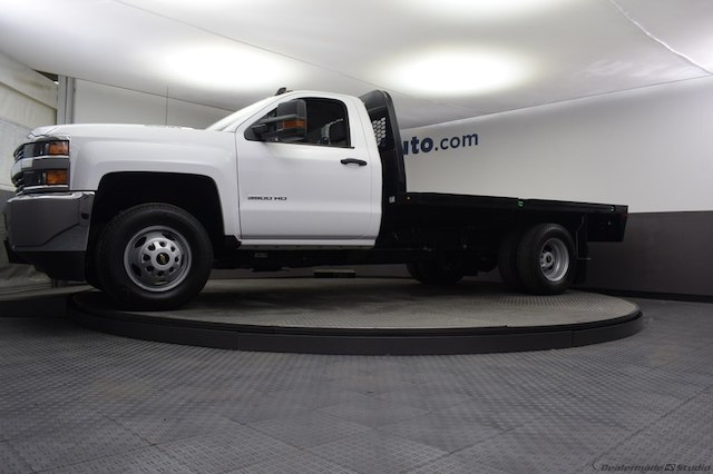 2018 Silverado 3500 Regular Cab DRW 4x4,  Knapheide Platform Body #C181740 - photo 28