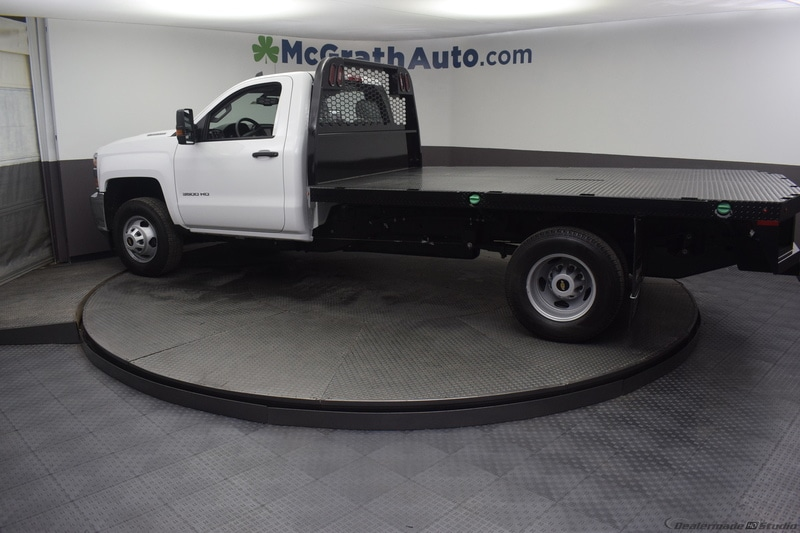 2018 Silverado 3500 Regular Cab DRW 4x4,  Knapheide PGNB Gooseneck Platform Body #C181740 - photo 24