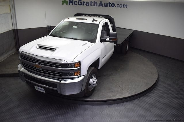 2018 Silverado 3500 Regular Cab DRW 4x4,  Knapheide Platform Body #C181743 - photo 26