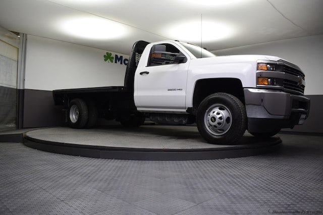 2018 Silverado 3500 Regular Cab DRW 4x4,  Knapheide Platform Body #C181743 - photo 28