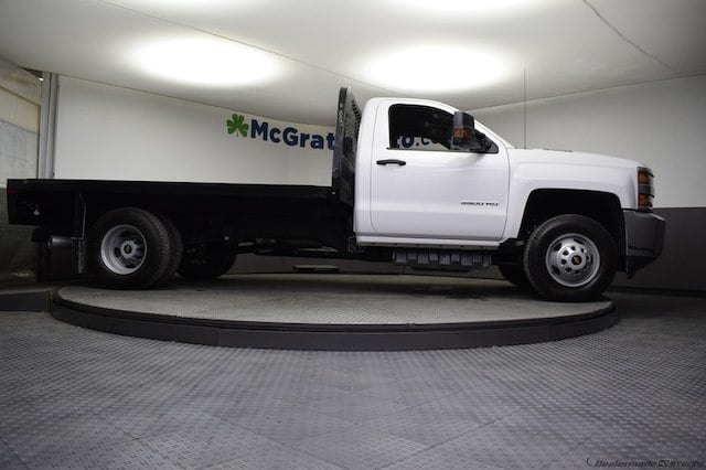 2018 Silverado 3500 Regular Cab DRW 4x4,  Knapheide Platform Body #C181743 - photo 29