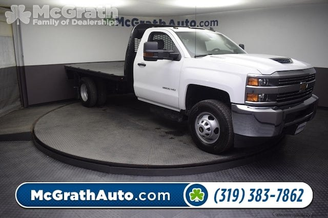 2018 Silverado 3500 Regular Cab DRW 4x4,  Knapheide Platform Body #C181743 - photo 32
