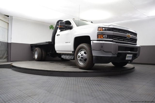 2018 Silverado 3500 Regular Cab DRW 4x4,  Knapheide Platform Body #C181788 - photo 23