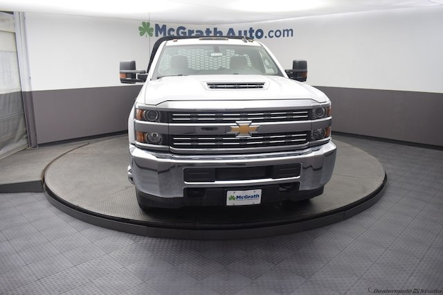 2018 Silverado 3500 Regular Cab DRW 4x4,  Knapheide Platform Body #C181788 - photo 4