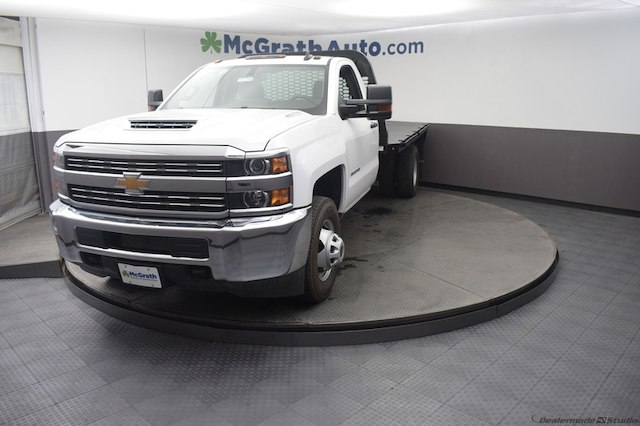 2018 Silverado 3500 Regular Cab DRW 4x4,  Knapheide Platform Body #C181788 - photo 5