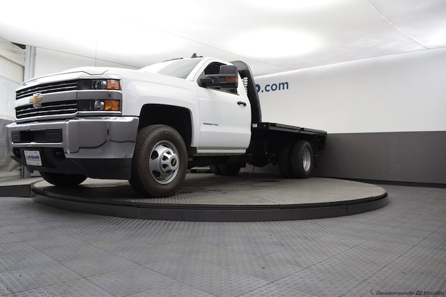 2018 Silverado 3500 Regular Cab DRW 4x4,  Knapheide Platform Body #C181788 - photo 6