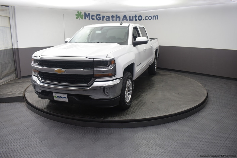 2018 Silverado 1500 Crew Cab 4x4,  Pickup #C181955 - photo 2