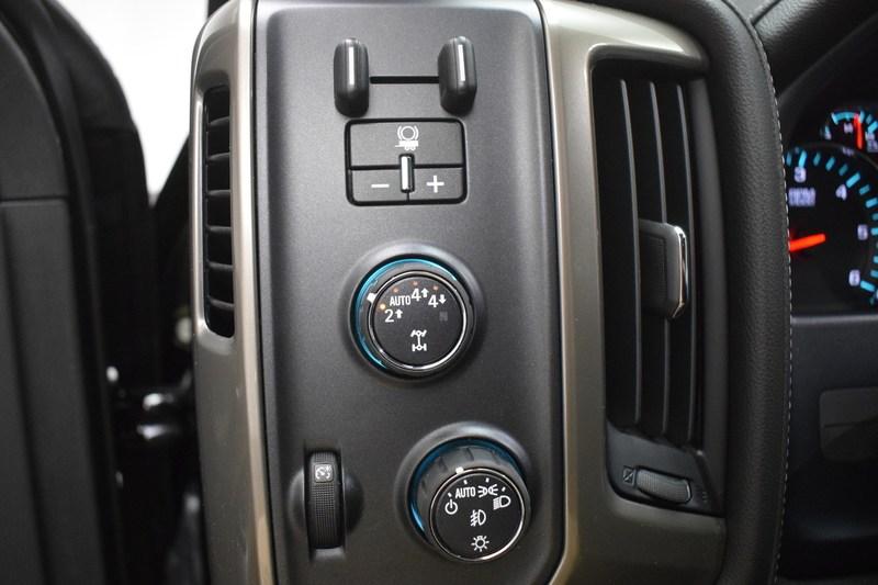 2018 Silverado 1500 Crew Cab 4x4,  Pickup #C182108 - photo 12