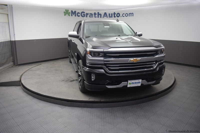 2018 Silverado 1500 Crew Cab 4x4,  Pickup #C182108 - photo 2