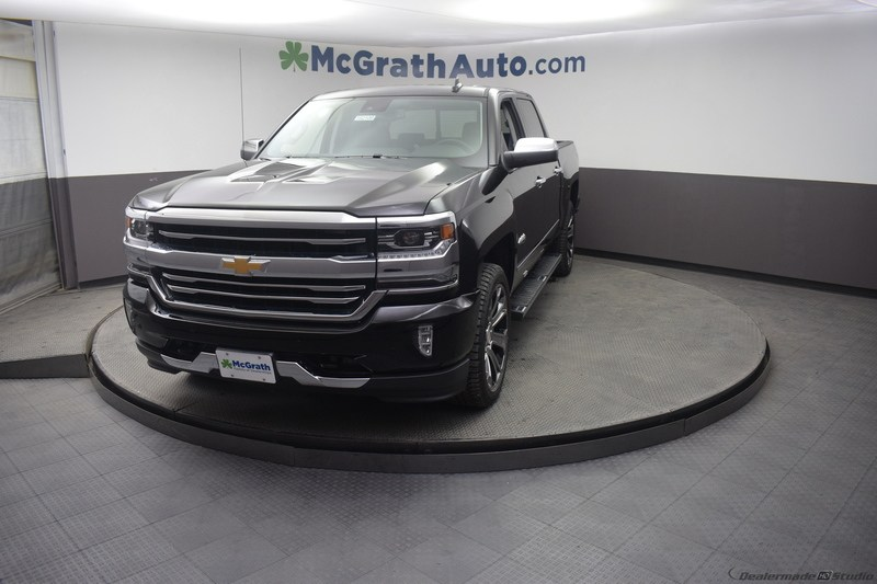 2018 Silverado 1500 Crew Cab 4x4,  Pickup #C182108 - photo 3