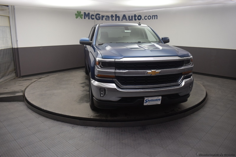 2018 Silverado 1500 Crew Cab 4x4,  Pickup #C182198 - photo 3