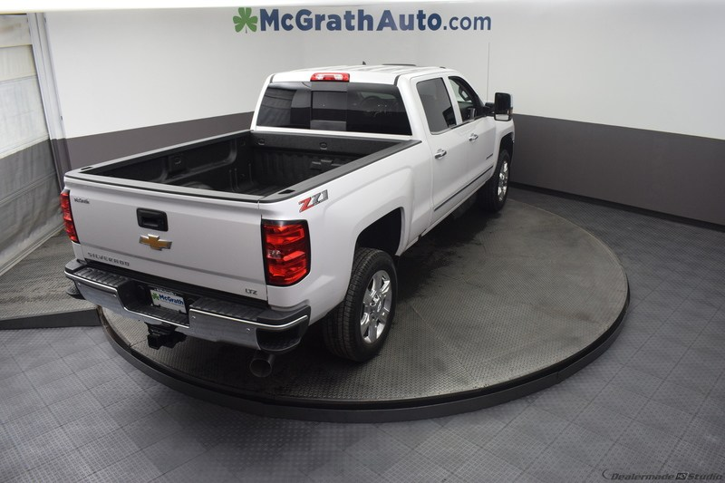 2019 Silverado 2500 Crew Cab 4x4,  Pickup #C190049 - photo 2