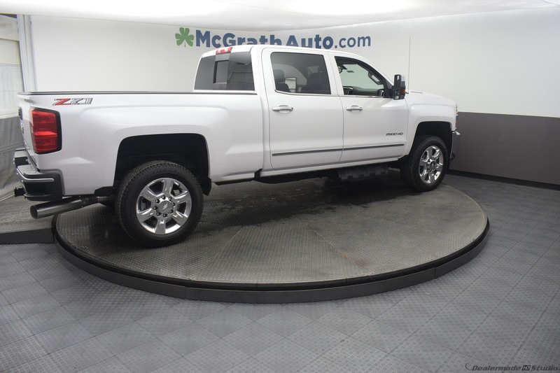 2019 Silverado 2500 Crew Cab 4x4,  Pickup #C190049 - photo 3