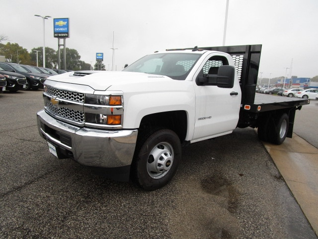 2019 Silverado 3500 Regular Cab DRW 4x4,  Knapheide Platform Body #C190201 - photo 4