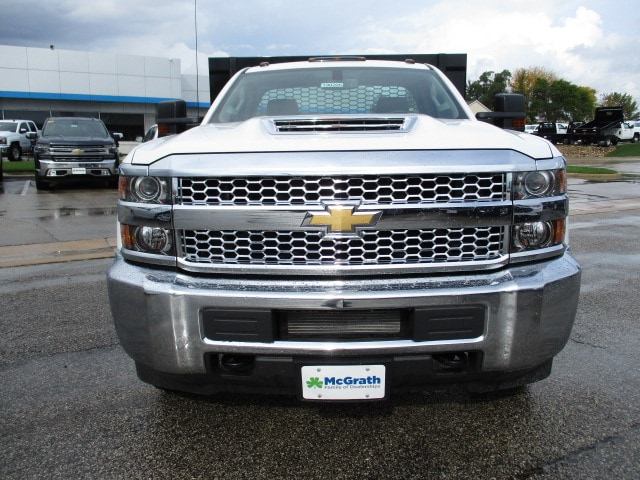 2019 Silverado 3500 Regular Cab DRW 4x4,  Knapheide Platform Body #C190206 - photo 3