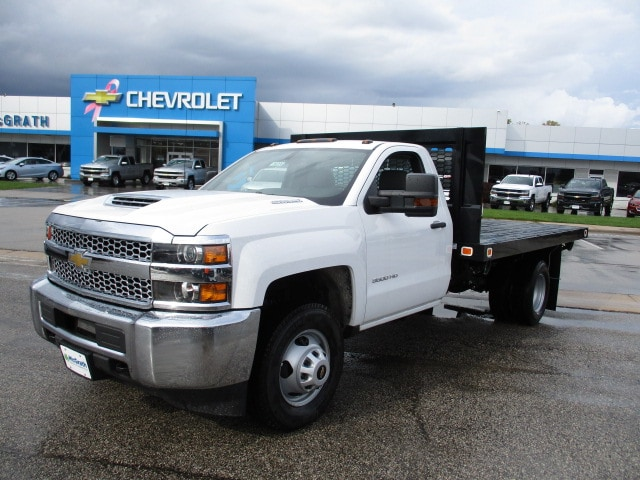 2019 Silverado 3500 Regular Cab DRW 4x4,  Knapheide Platform Body #C190206 - photo 4