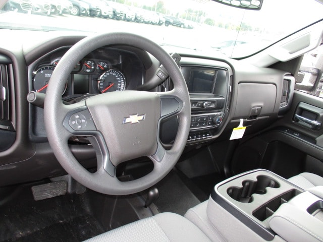 2019 Silverado 3500 Regular Cab DRW 4x4,  Knapheide Platform Body #C190206 - photo 5