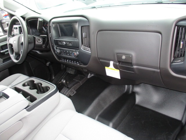2019 Silverado 3500 Regular Cab DRW 4x4,  Knapheide Platform Body #C190206 - photo 6