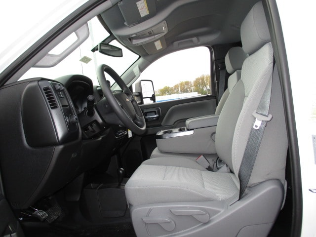 2019 Silverado 3500 Regular Cab DRW 4x4,  Knapheide Platform Body #C190206 - photo 7