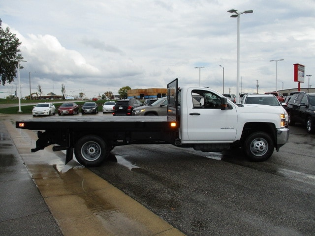 2019 Silverado 3500 Regular Cab DRW 4x4,  Knapheide Platform Body #C190206 - photo 12