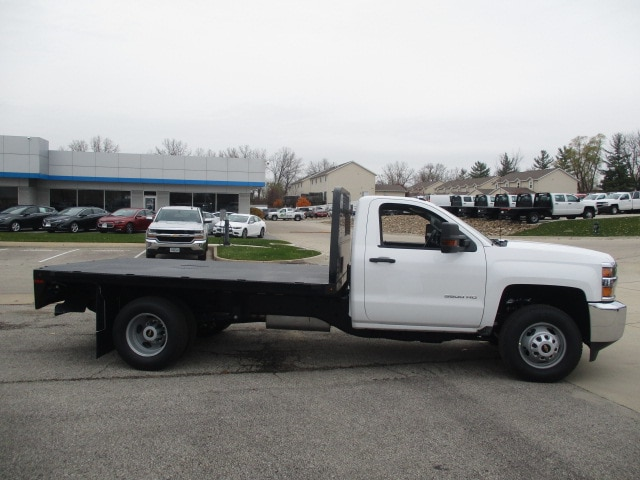 2019 Silverado 3500 Regular Cab DRW 4x4,  Knapheide Platform Body #C190487 - photo 10
