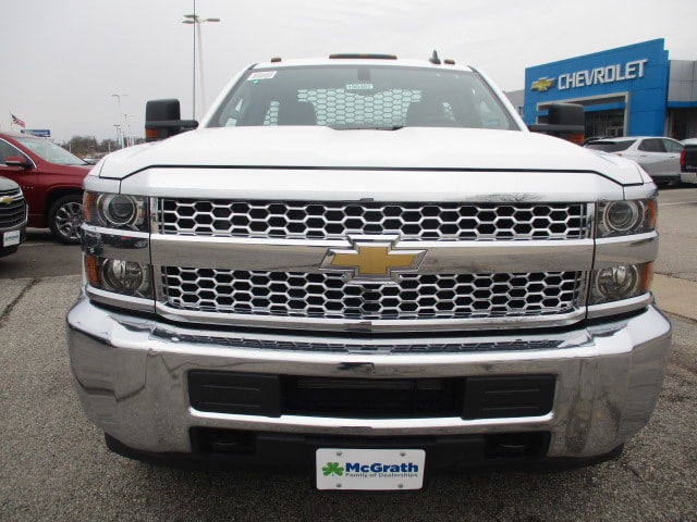 2019 Silverado 3500 Regular Cab DRW 4x4,  Knapheide Platform Body #C190487 - photo 3