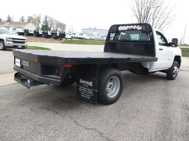 2019 Silverado 3500 Regular Cab DRW 4x4,  Knapheide Platform Body #C190487 - photo 2