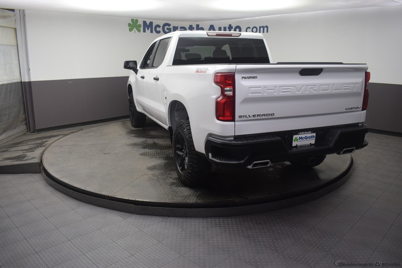 2019 Silverado 1500 Crew Cab 4x4,  Pickup #C190504 - photo 19