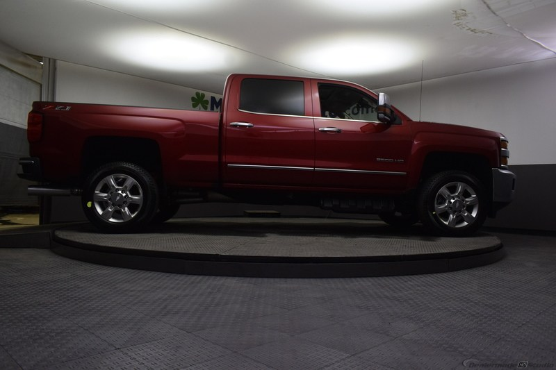 2019 Silverado 2500 Crew Cab 4x4,  Pickup #C190609 - photo 32