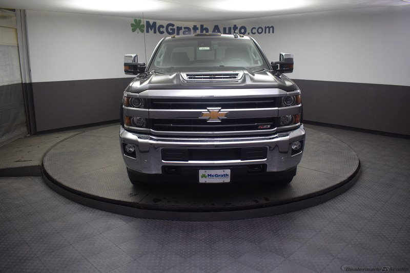 2019 Silverado 2500 Crew Cab 4x4,  Pickup #C190615 - photo 4