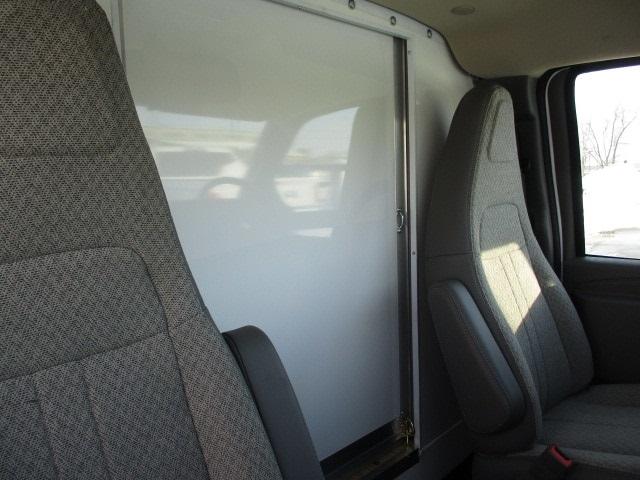 2019 Express 3500 4x2,  Bay Bridge Classic Cutaway Van #C190769 - photo 11