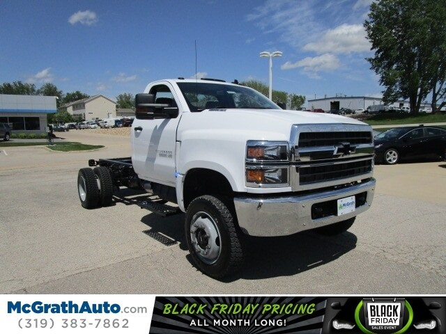 2019 Silverado Medium Duty Regular Cab 4x4,  Cab Chassis #C191230 - photo 1
