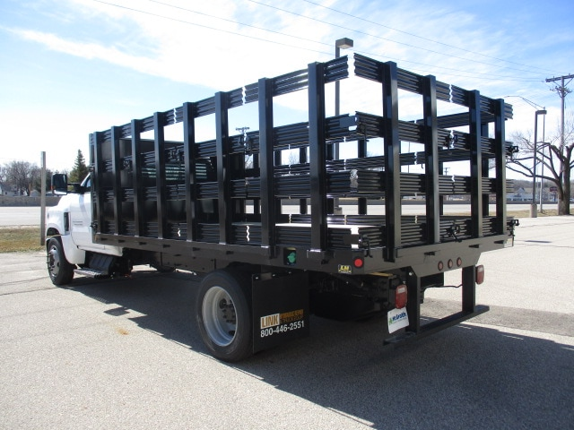 2019 Chevrolet Silverado 4500 Regular Cab DRW RWD, Link Hydraulic, Inc. Stake Bed #C191231 - photo 3