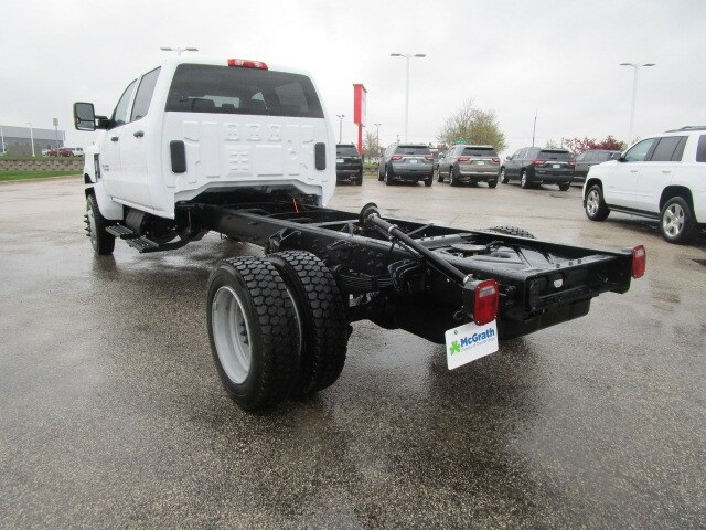 2019 Silverado Medium Duty DRW 4x4,  Cab Chassis #C191244 - photo 8