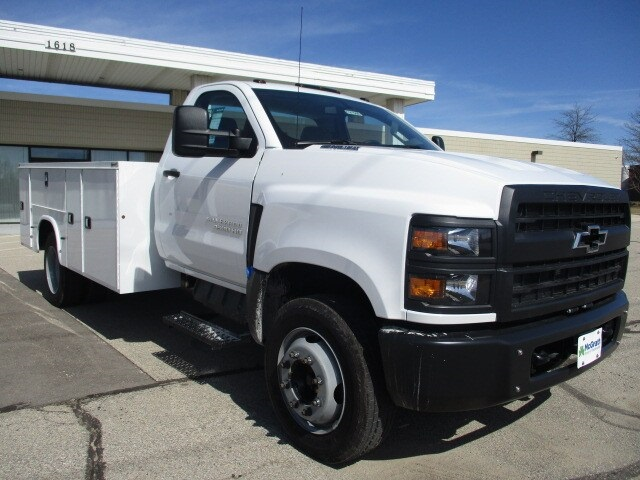 2019 Silverado Medium Duty Regular Cab DRW 4x2, Cab Chassis #C191566 - photo 1