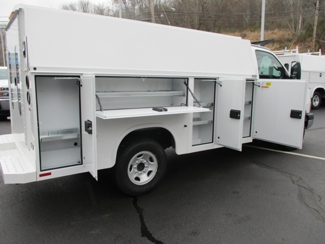 2016 Express 3500, Service Utility Van #160475 - photo 4