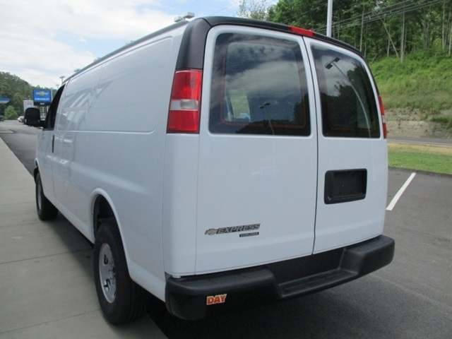 2016 Express 2500, Cargo Van #160790 - photo 5