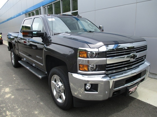 2016 Silverado 2500 Crew Cab 4x4, Pickup #4172 - photo 11