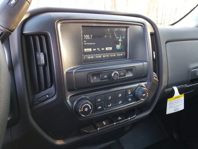 2019 Silverado 3500 Crew Cab 4x4,  Reading Service Body #1610T - photo 10