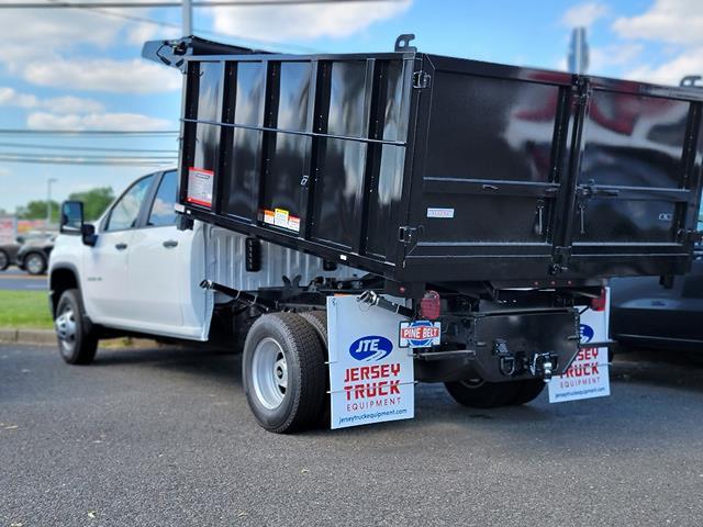 2021 Chevrolet Silverado 3500 Crew Cab 4x4, Reading Landscape Dump #3310V - photo 1