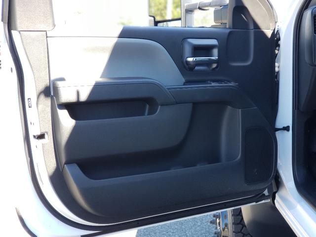 2020 Chevrolet Silverado 4500 Regular Cab DRW 4x4, Reading Landscaper SL Landscape Dump #3824U - photo 9