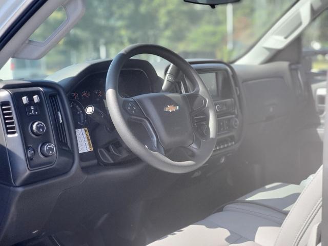 2020 Chevrolet Silverado 4500 Regular Cab DRW 4x4, Reading Marauder Dump Body #3826U - photo 9